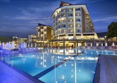 Майски празници в Ramada Resort & Golf 5*