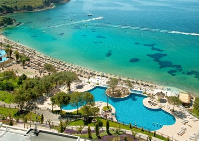 Хотел Aria Claros Beach Resort 5*