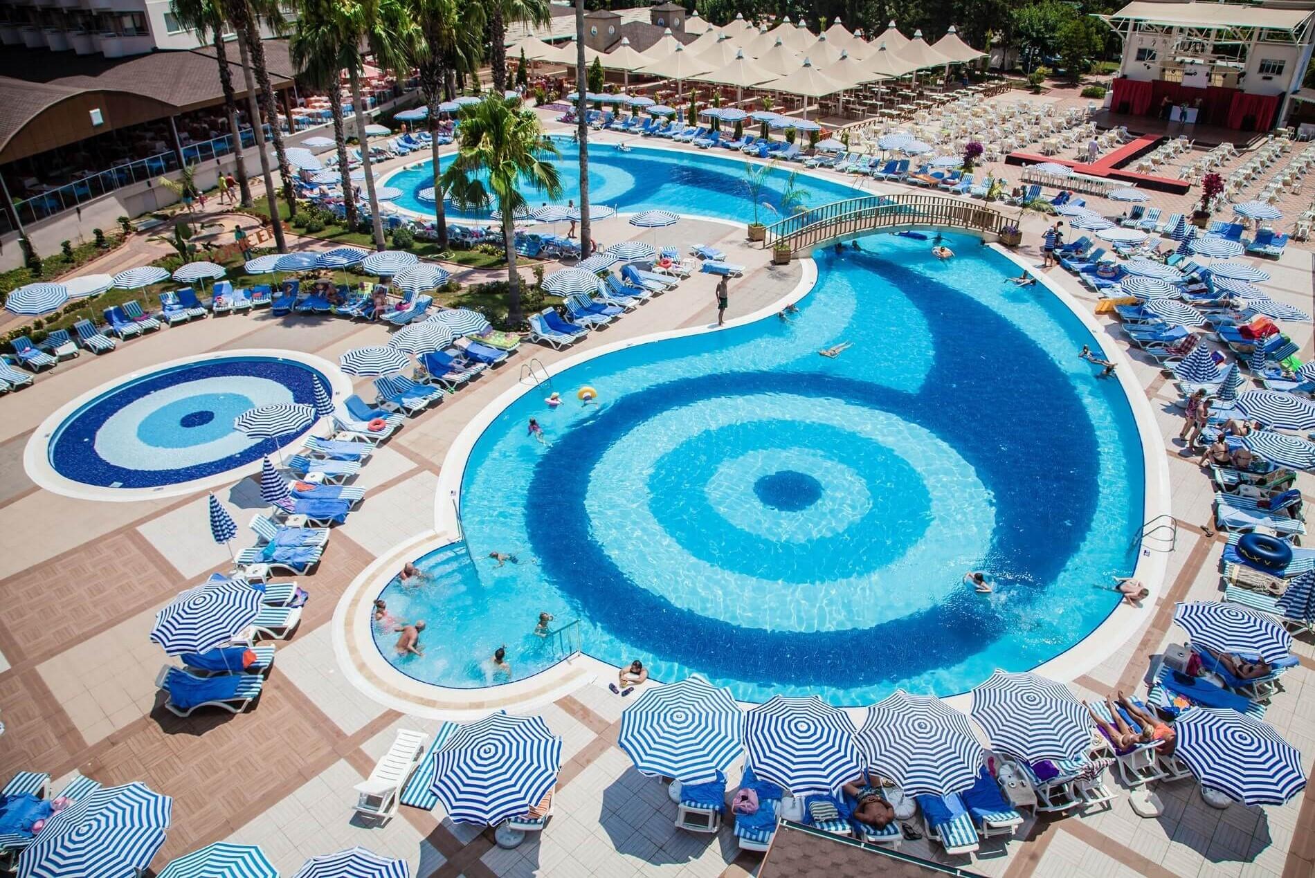 Lonicera World pools